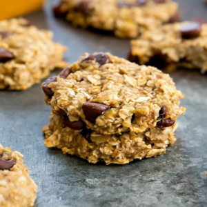 These BANANA OATMEAL COOKIES are loaded with ripe bananas, oats, and chocolate chips for a soft cookie that tastes like my favorite banana bread. It's made from banana, rolled oats, coconut, cinnamon and apple sauce.
